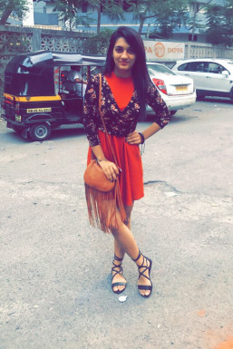 Dazzlerr - Moksha Ajugia Model Mumbai