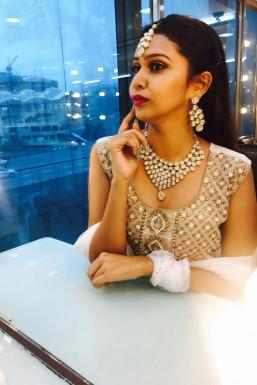 Dazzlerr - Aishwarya Rajput Model Mumbai