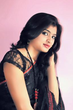 Dazzlerr - Minakshi Sadashiv Tak Model Mumbai