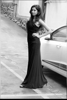 Dazzlerr - Ekta Sharma Model Mumbai