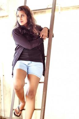 Dazzlerr - Reharika Model Mumbai