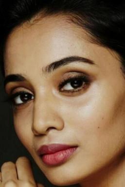Anuksha Pushparaj Model Mumbai