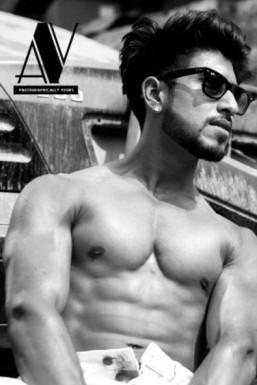 Garv Bajaj Model Mumbai