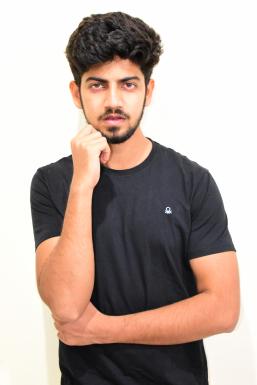 Dazzlerr - Dipender Kumar Model Delhi