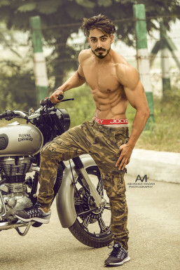 Rohan Thukral Model Delhi