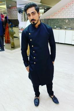 Dazzlerr - Rohan Thukral Model Delhi