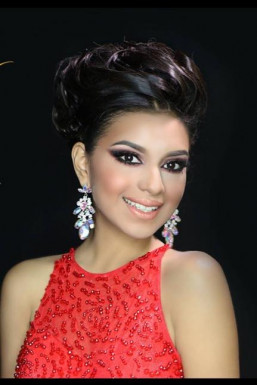 Dazzlerr - Zeiri Rodriguez Model Mumbai