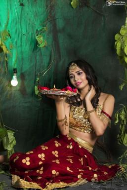 Dazzlerr - Anushka Mishra Model Delhi