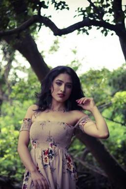 Rachna Shyam Model Mumbai