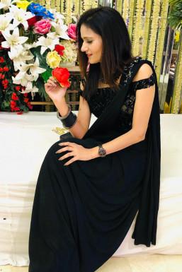 Dazzlerr - Deepmala Malhotra Model Delhi