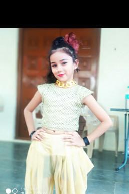 Eshmit Galani Dancer Dhule