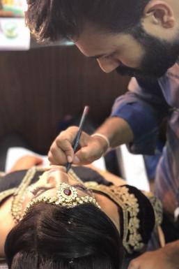 Shoyab Khan Makeup Artist Delhi