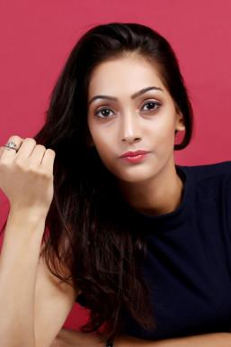 Dazzlerr - Anshika Sharma Model Nangloi Jat
