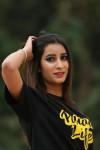 Dazzlerr - Kanika Verma Model Mandi