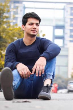 Siddharth Kurichh - Model in Delhi   www.dazzlerr.com