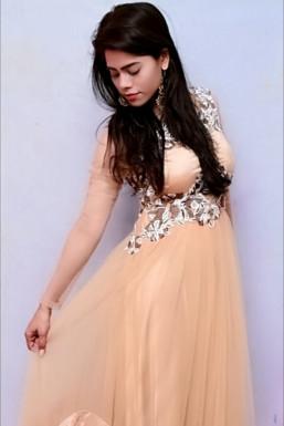 Dazzlerr - Deepti Singh Model Delhi