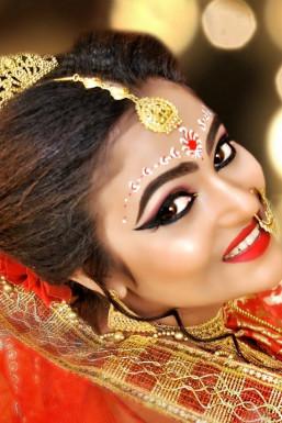 Soma Malangi - Model in Alnavar | www.dazzlerr.com