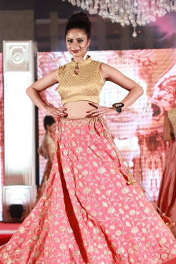 Dazzlerr - Ashima Sharma Model Jammu