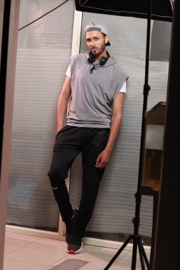 Dazzlerr - Gagan Dhiman Model Delhi
