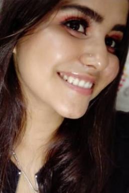 Dazzlerr - Simranpreet Kaur Model Chandigarh