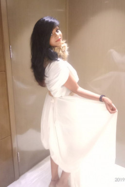 Neha Singh - Model in Lucknow   www.dazzlerr.com