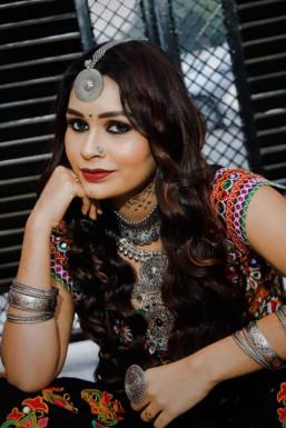 Dazzlerr - Anjali Gupta Model Lucknow