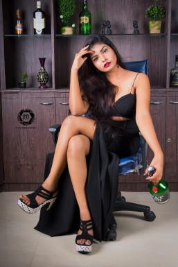Dazzlerr - Alivia Das Model Kolkata