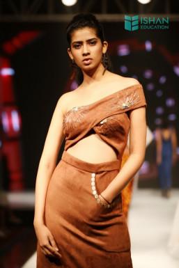 Deanne Dsouza - Model in    www.dazzlerr.com