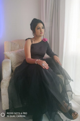 Dazzlerr - Ankita Valeja Model Bangalore