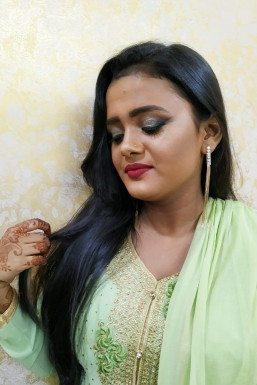 Adeeba Khan Makeup Artist Mumbai