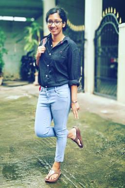 Dazzlerr - Rajina Rajan Model Kannur