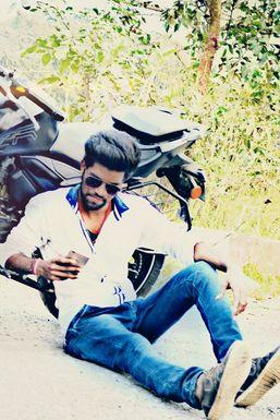 Dazzlerr - Sam Aryan Model Kolkata