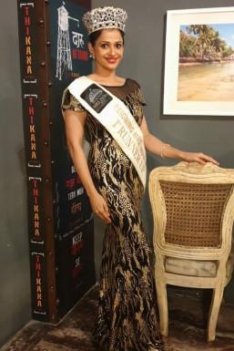 Dazzlerr - Binita Kar Model Pune