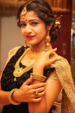 Dazzlerr - Neha Rohida Model Surat