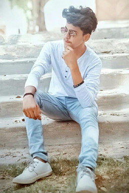 Dazzlerr - Bhavesh Patel Model Ahmedabad