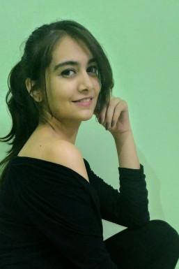Dazzlerr - Shivani Sankhla Model Jodhpur