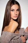 Dazzlerr - Kateryna Model Delhi