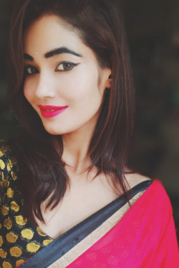 Dazzlerr - Shweta Vishwakarma Model Allahabad