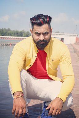 Dazzlerr - Amit Bhatt Model Kangra