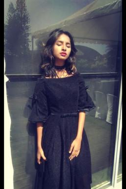 Dazzlerr - Jennifer Xavier Model Bangalore