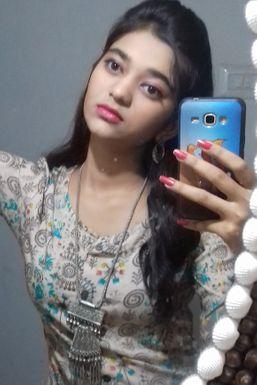 Dazzlerr - Dolly Pandya Model Jamnagar