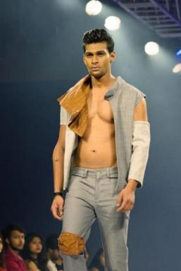 Zubair Ahmed - Model in Bangalore | www.dazzlerr.com
