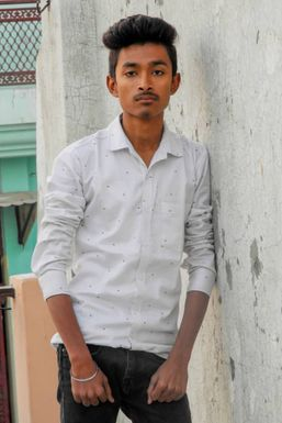 Dazzlerr - SHUBHAM PAUL Model Meerut