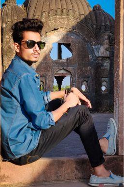 Dazzlerr - Adeeb Syed Model Indore