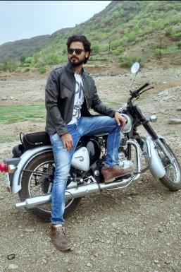 Zohaib Qureshi - Model in Pune | www.dazzlerr.com