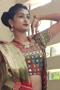 Dazzlerr - Anuradha Srivastav Model Agra