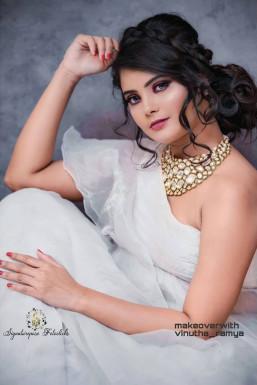 Divya Tripti - Model in Bangalore | www.dazzlerr.com