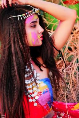 Divya Tripti - Model in Bangalore   www.dazzlerr.com