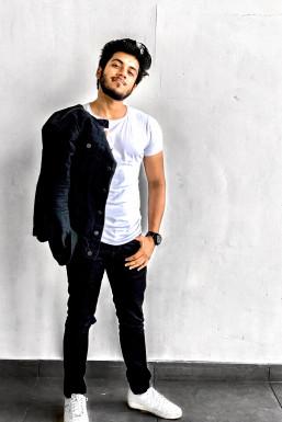 Ashutosh Tiwari - Model in  | www.dazzlerr.com
