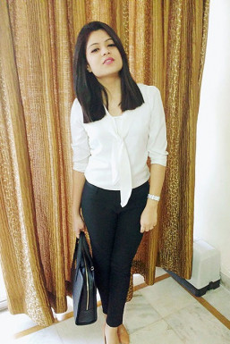 Dazzlerr - Priyanka Saraf Model Delhi